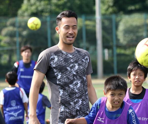 吉田麻也サッカー教室のイベントレポート