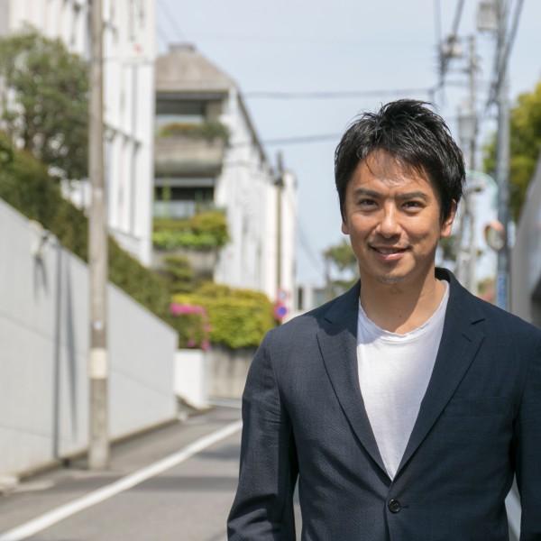 日本初のプロライフセーバー・飯沼誠司が今日も水辺で生きるワケ