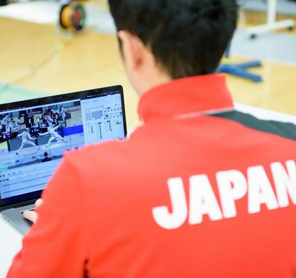 データ分析で変わるスポーツ界 フェンシング日本代表を支えるアナリストの闘志